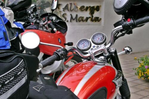 albergo-santa-maria-santa-maria-navarrese-biker-1-1024x680